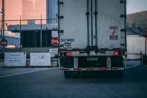 Learn about qualities to look for in long distance movers